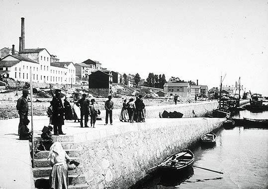 | SANTANDER La evolución histórica de San Martín 1912. Vista de la fábrica de gas.