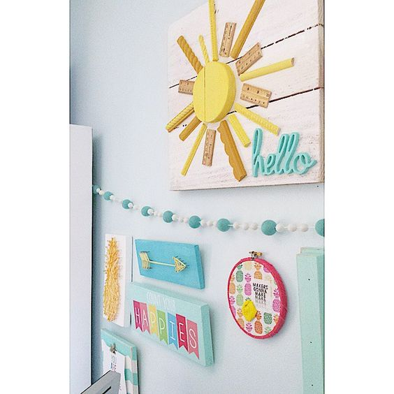 When the sun finally comes out, you have to take as many good pictures of your favorite things as possible! As you can see, I'm trying to break out of my all aqua mode and add a little more color to my space! #ifsfeltballgarland #StringArt