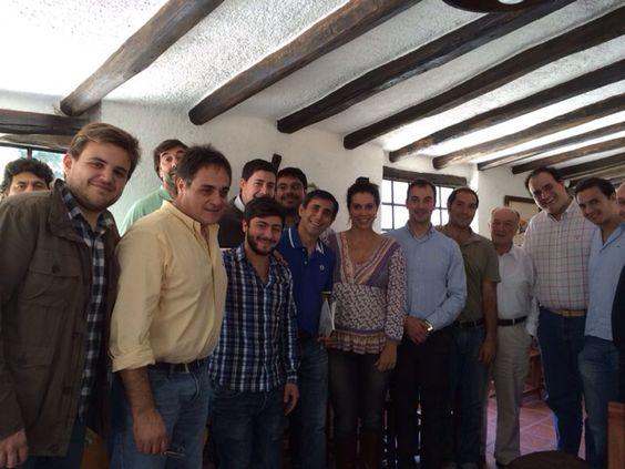 En la ciudad de capitalina de La Rioja, convergieron en una reunión bilateral con la delegación italiana, el Secretario de la Gobernación, Alberto Paredes Urquiza, el Secretario de Tierras y Hábitat Social, Ariel Puy Soria y miembros de la Secretaría de Juventud provincial junto a la Asociación de Colaboración Empresarial, ACELAR.