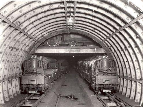 Post Office underground railway - train waiting at loop crossing. (POST 118/386)