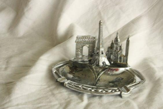 VIntage Polyor Paris Ashtray Souvenir Eiffel Tower Arc de Triomphe Sacre Coeur