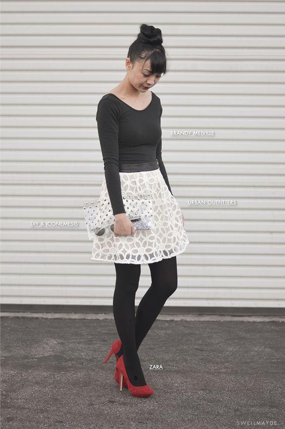 look sencillo elegante y sofisticado. falda facil de hacer y muy original y llamativa. elegancia con el blanco y negro y toque de glamour con el rojo de los zapatos