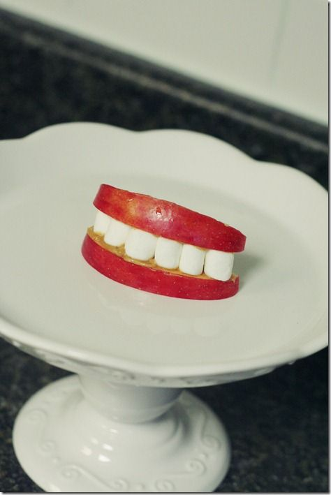 Halloween Teeth Snack  - K would love this. 3 of his favorite things :) (2 other cute/gross Halloween snacks on the site, too)