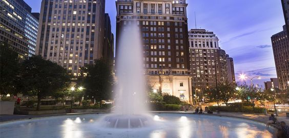 Philadelpha Center City Hotels, Hotels On Ben Franklin Parkway | The Windsor Suites