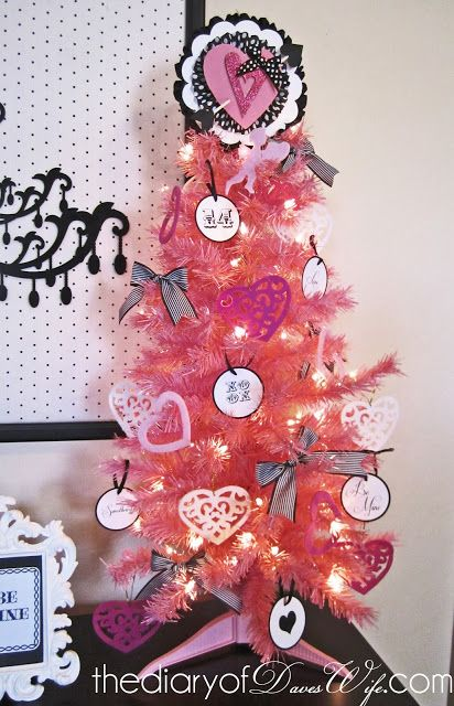 The Diary of Daves Wife: Be {Mine} Valentine Tree & Free Printables