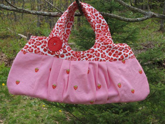 Wild Strawberries Handbag by snazz on Etsy https://www.etsy.com/listing/48784849/wild-strawberries-handbag