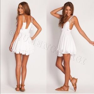 I just discovered this while shopping on Poshmark: Indah Ophelia Dress in White. Check it out!  Size: XS
