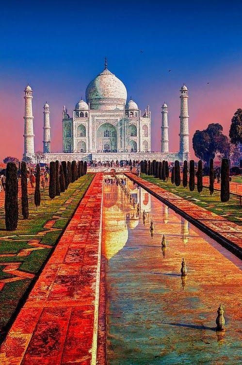 Pôr do sol no Taj Mahal na Índia