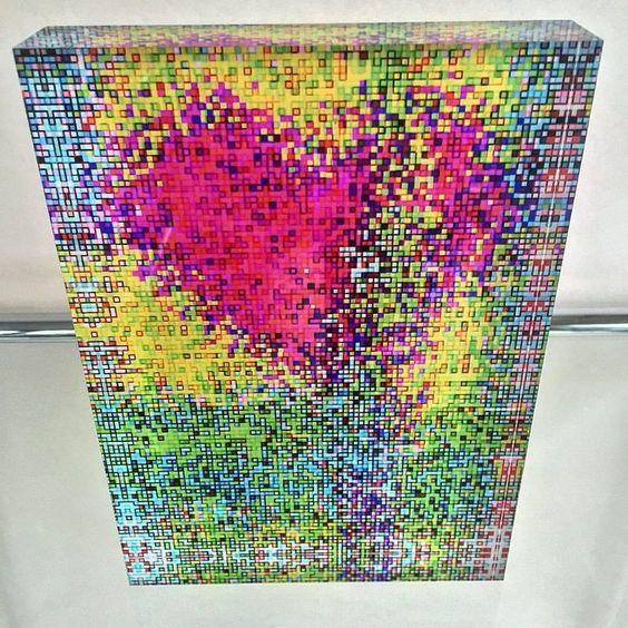 O SUIÇO MARK BERN E SUA REVOLUCIONRIA ARTE DOS PIXELS 3D  Fragmentos de Moda