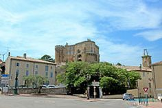 kasteel en up Suze-la-Rousse