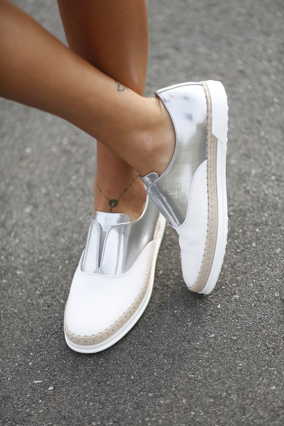 Account Suspended | Trending shoes