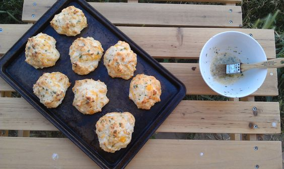 Red Lobster Cheddar Bay Biscuit Knock Offs - White Lights on Wednesday