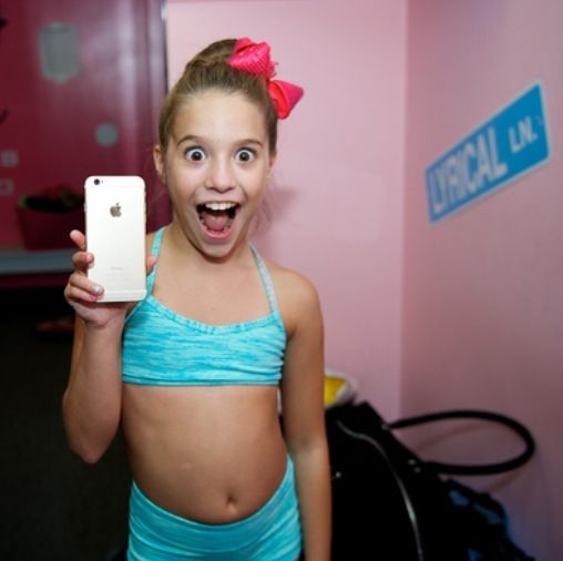 Mackenzie ziegler iphone 6 and party at on pinterest