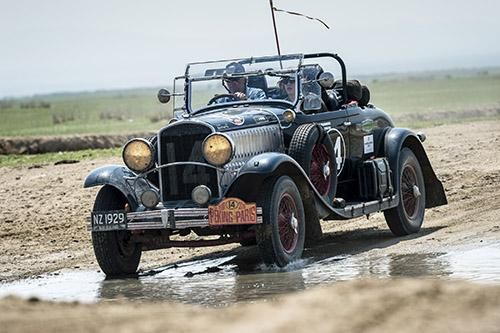 Peking to Paris contenders limp into Russia | Classic and Sports Car