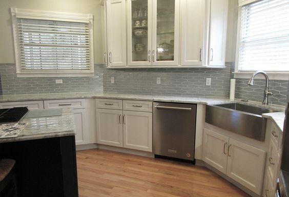 Sonoma Highball Gloss Kitchen Backsplash In 2020 Tile Design Kitchen Gloss Kitchen
