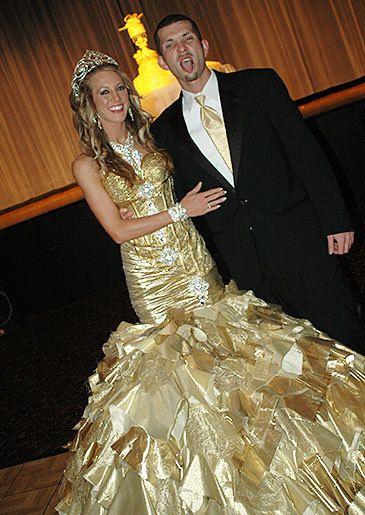 Once A Gorger Now Gypsy Kayla My Fat American Wedding 24 Karat Gold Dress Pinterest And