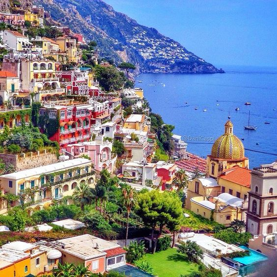 Bucket list moment ✨❤️❤️✨ Positano - Italy. Picture by ✨✨@DaniCaspi✨✨