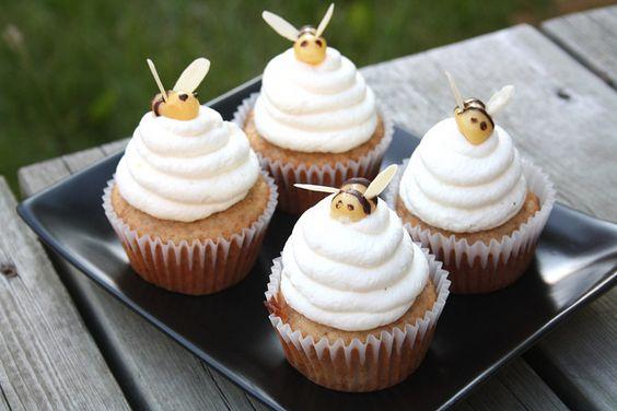 Bee cupcakes?!!!! Too cute to eat!