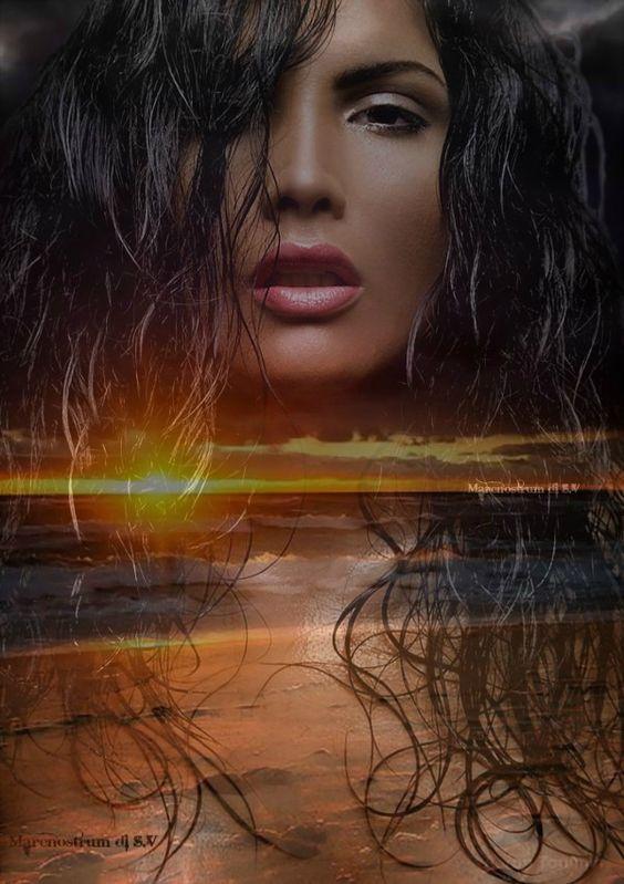 Sfavillio di luci sulla pelle del mare, sono i sogni, perle di luce scivolate dal cielo. Rosanna Russo (RosEgypt)