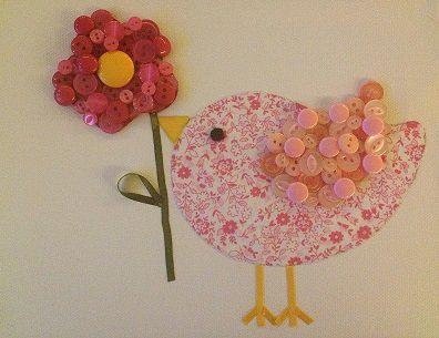 Pajarito con flor hecho a base de tela estampada listones - Cuadros con botones ...