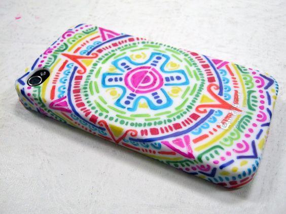 DIY Aztec Inspired iPhone Case