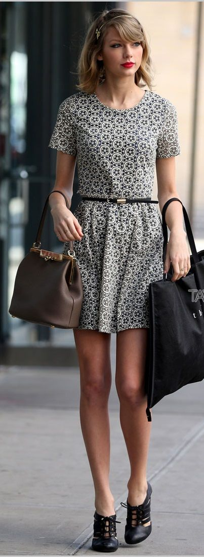 Taylor Swift. Fashion inspiration for everyone + fashion tips especially for tall girls at www.thecloudgirls...   278      47      1