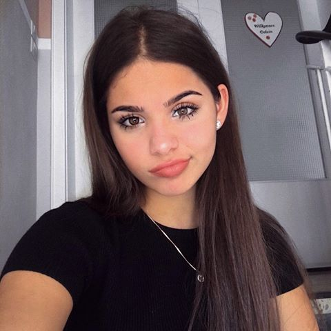 Yasmin Amneeria Instagram Photos And Videos Pretty Girls Selfies Cute Girl Face Tumblr Hair