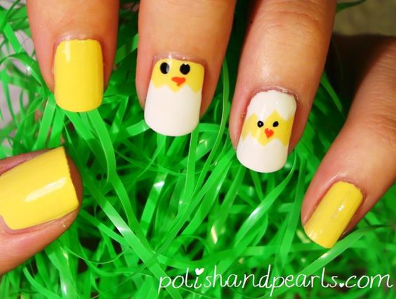 Easter Nail Art - Hatching baby chicks.