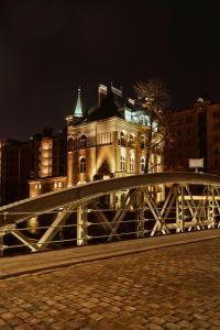 Holländischbrookfleetbrücke mit Wasserschlösschen HDR