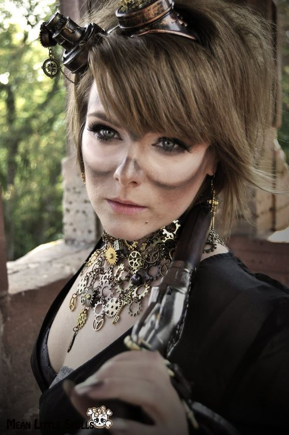 Steampunk Makeup Guide - Dirty Goggle Marks - For costume tutorials, clothing guide, fashion inspiration photo gallery, calendar of Steampunk events, & more, visit SteampunkFashionGuide.com