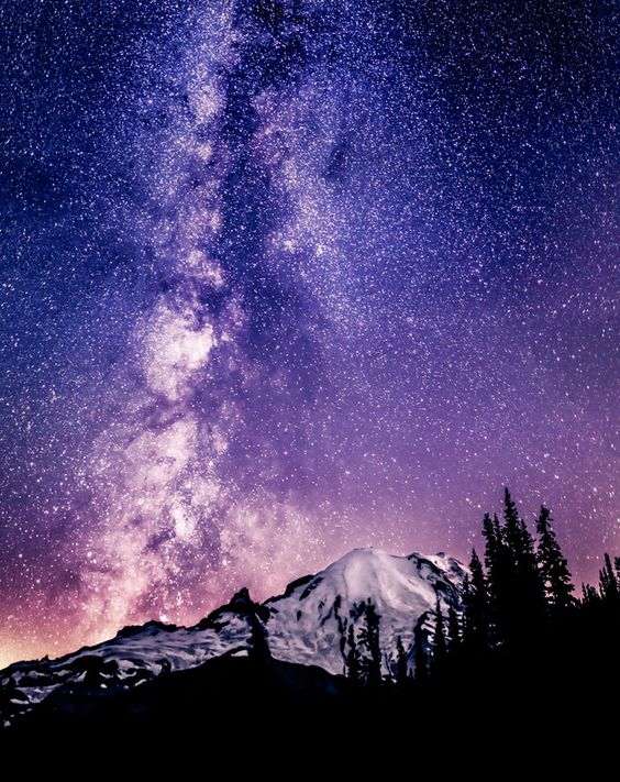 Milky Way over Mount Rainier in Washington State - August 30, 11pm. A Great Start by Alexis Coram on 500px