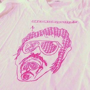 伝説の番組「メガロマニアックス」のTシャツ!デザイン担当したのはなんと山塚アイさん!#スペシャ69 / Instagram @spaceshower L