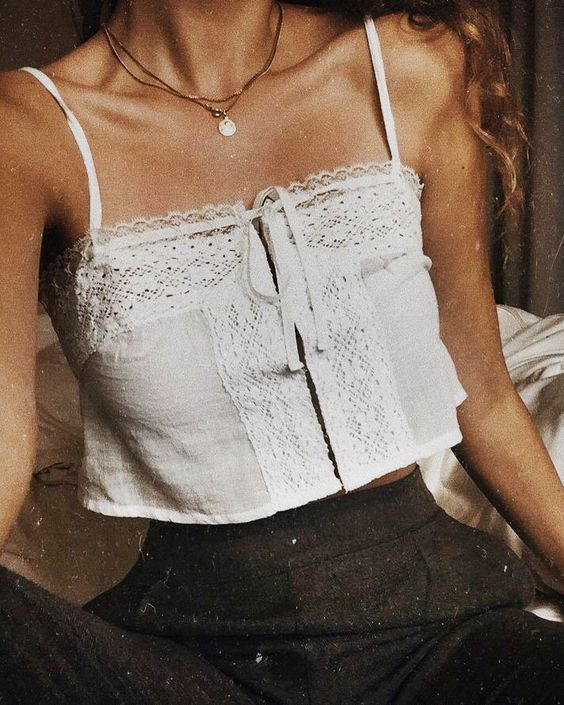 45 Crop Shirts To Inspire Every Woman outfit fashion casualoutfit fashiontrends