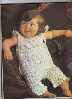 *Free Crochet Pattern: Little Girl's Lacy Pants Suit: