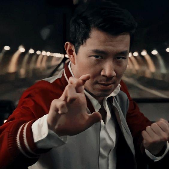 shang-chi-leggenda-10-anelli-recensione