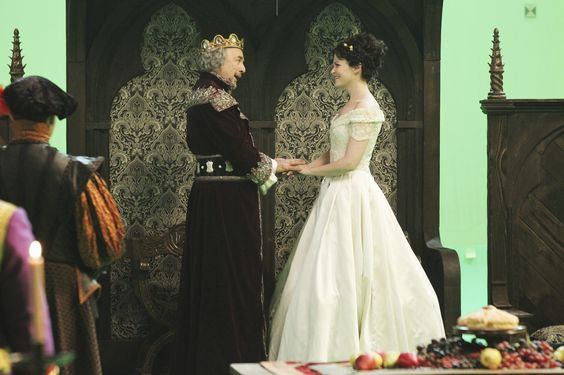 OUAT - Snow White and king Leopold