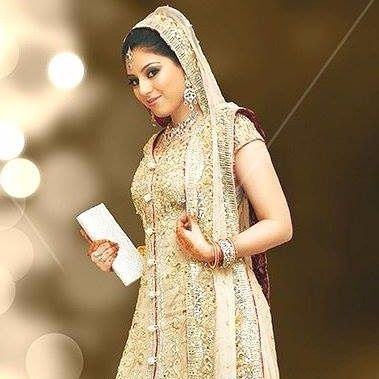 #bridal #wedding #dress #marriage #pakistani #indian #handwork www.hinab.com