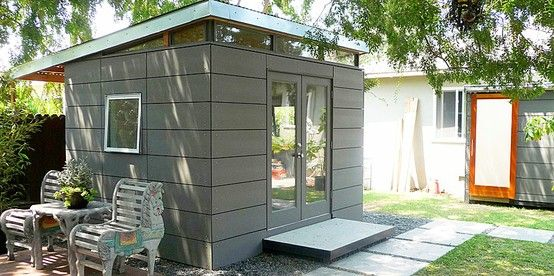 Almost as cool as my own Airstream... via 4 Men 1 Lady: Outdoor shed inspiration.