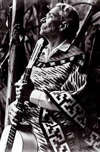 Chavela Vargas, Mexicana por convicción.