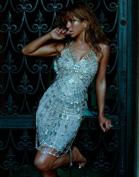 Jennifer Aniston by Steven Meisel for Vogue
