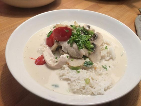 tom-kha-gai-suppe