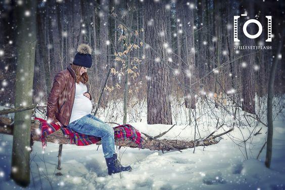 Photo maternit hiver neige bois foret exterieur for Photo grossesse exterieur hiver