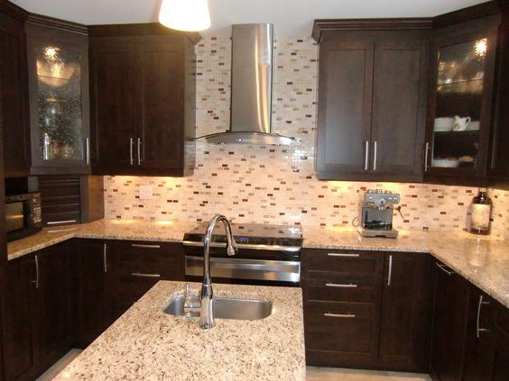 Armoires de cuisine modele armoire de cuisine and - Cuisine avec comptoir ...