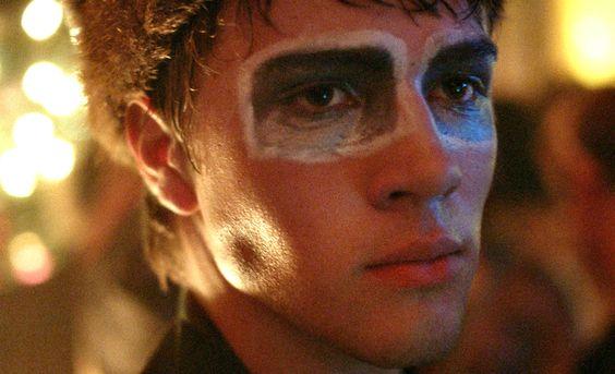 La sensación del TIFF: tráiler de 'Closet Monster' de Stephen Dunn  Trailers