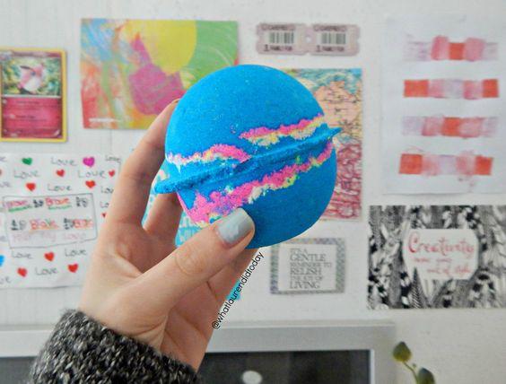 Lush Intergalactic Bath Bomb | What Lauren Did Today | Cruelty-Free Lifestyle & Book Blog UK