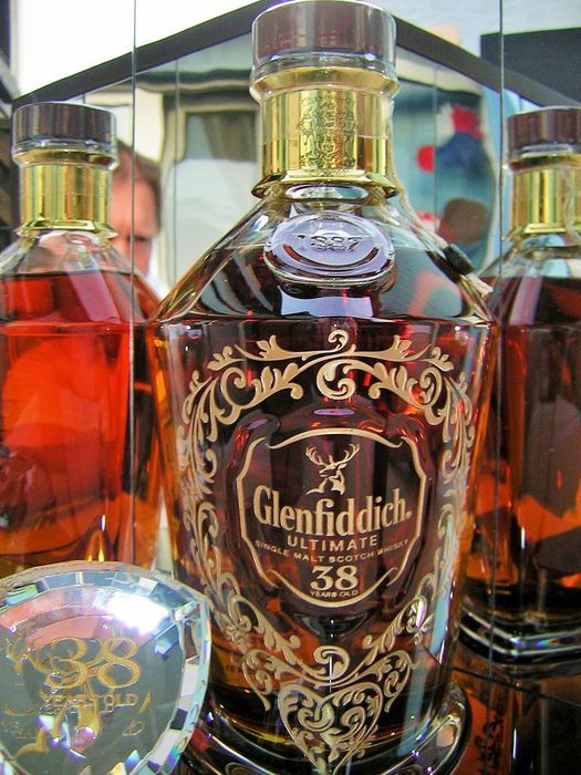 Catawiki Online-Auktionshaus: Glenfiddich Ultimate 38 years old