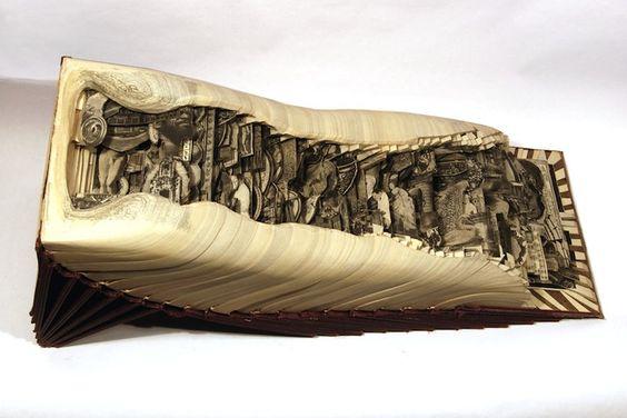 Des sculptures sur livres ...
