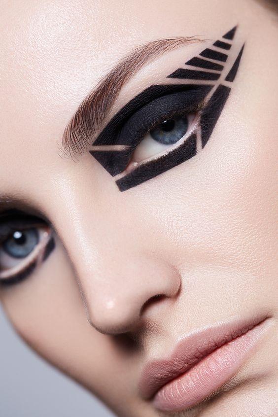 makeup beauty Maxine Vanderheijden by Miguel Herrera & Jen Evans