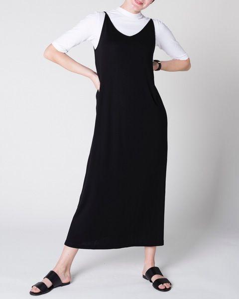 Jan N June Midi Dress Triangle Flow Black Avocadostore Schwarzes Kleid Schlichtes Kleid Midi Rock Outfit