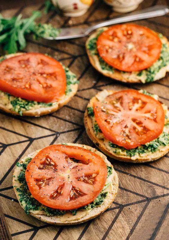 Bagel Thin Pesto Sandwich (V)